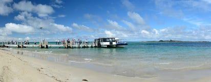 Il traghetto all'isola del pinguino Spiaggia di Shoalwater Rockingham Australia occidentale Immagine Stock