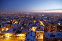 Il tramonto sopra Belgrado ha coperto da neve Immagine Stock Libera da Diritti