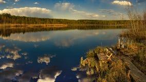 Il tramonto sul lago Immagini Stock Libere da Diritti