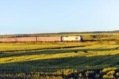 il treno fa la corsa immagine stock libera da diritti