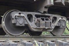 il treno spinge l'acciaio locomotivo fotografie stock