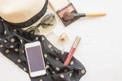Il trucco stabilito dei cosmetici del fronte della pelle di bellezza e prepara si rilassa il viaggio della donna Immagini Stock