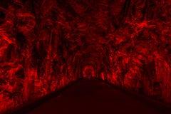Il tunnel antico di Rarilway acceso nel rosso, Brockville, Ontario, può fotografia stock libera da diritti