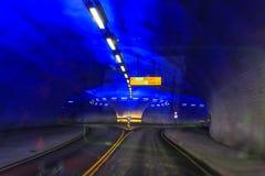 Il tunnel della strada di Vallavik con la rotonda, Norvegia fotografia stock libera da diritti