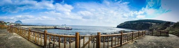 Il turista ha visitato la costa di Seongaksan, l'azionamento costiero famoso w Immagine Stock