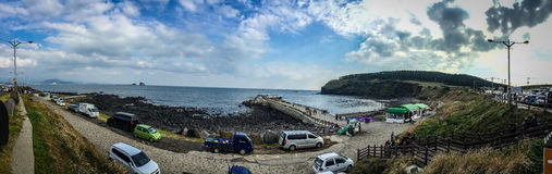 Il turista ha visitato la costa di Seongaksan, l'azionamento costiero famoso w Fotografia Stock Libera da Diritti