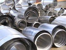 Il vario alluminio rotolato arriva a fiumi l'iarda del residuo Fotografia Stock Libera da Diritti