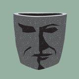 Il vaso di pietra sotto forma di testa degli uomini. Immagini Stock Libere da Diritti