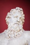 IL VATICANO - 23 FEBBRAIO 2015: Busto antico del museo iVatican di Zeus a Roma Fotografia Stock
