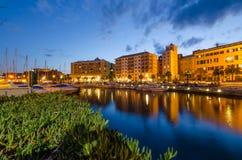 Il vecchio bacino di Savona a penombra fotografia stock libera da diritti