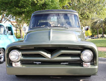 Vecchio camion di Ford V8 Fotografia Stock
