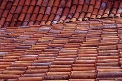 Il vecchio colore del tetto piastrella il fondo Immagine Stock