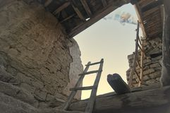 Il vecchio e palazzo abbandonato di Leh dall'interno immagini stock