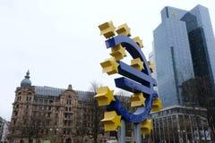 Il vecchio euro della banca centrale europea firma dentro Francoforte fotografie stock libere da diritti