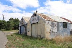 Il vecchio ferro ondulato arrugginito sparge in Australia rurale Fotografia Stock Libera da Diritti