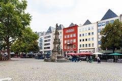 Il vecchio mercato altera il quadrato di Markt nella città di Colonia fotografia stock libera da diritti