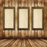Il vecchio oro incornicia lo stile del Victorian sulla parete Fotografie Stock