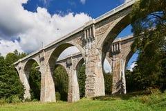 Il vecchio ponte storico Stanczyk concreto, Mazury, Polonia di railwai Fotografie Stock Libere da Diritti