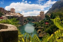 Il vecchio ponticello a Mostar Fotografie Stock Libere da Diritti