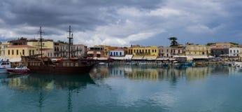 Il vecchio porto nella città di Rethymno Fotografia Stock Libera da Diritti