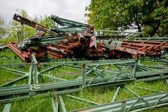 Il vecchio residuo arrugginito del ferro immagine stock libera da diritti