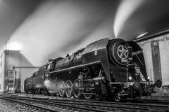 Il vecchio treno del motore a vapore Immagine Stock