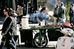 Il venditore delle castagne al forno 38 Fotografie Stock