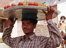 Il venditore dello spuntino Fotografie Stock