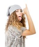 Il vestito dall'inverno per un modello piacevole ha fatto i fronti Immagine Stock