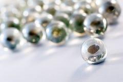 Il vetro marmorizza le sfere Fotografie Stock Libere da Diritti