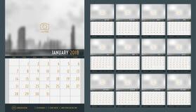 Il vettore del calendario 2018 nuovi anni, un calendario da 12 mesi ha messo con nav Immagine Stock