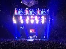 Il viaggio saluta la folla ad Amalie Arena a Tampa fotografia stock libera da diritti
