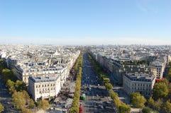 Il viale Charles de Gaulle e difesa della La, Parigi Immagini Stock Libere da Diritti