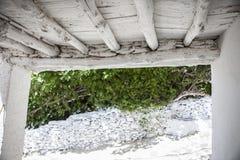 Il vicolo tradizionale ha chiamato il tinao Città di Capileira Alpujarras, Gran Immagini Stock