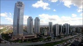 Il video di Timelapse di Isbank acquartiera a Levent Istanbul, Turchia video d archivio
