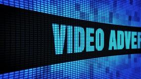 Il video lato di pubblicità manda un sms a fare scorrere il bordo del segno dell'esposizione di pannello della parete del LED stock footage