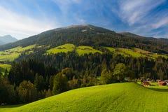 Il villaggio alpino di Alpbach e del Alpbachtal, Austria Fotografia Stock