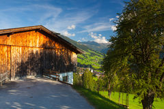 Il villaggio alpino di Alpbach e del Alpbachtal, Austria Immagine Stock