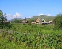 Il villaggio dell'Altay Fotografia Stock