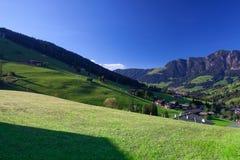 Il villaggio di Inneralpbach in valle di Alpbach, Austria Fotografia Stock Libera da Diritti