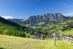 Il villaggio di Inneralpbach in valle di Alpbach, Austria Immagine Stock Libera da Diritti