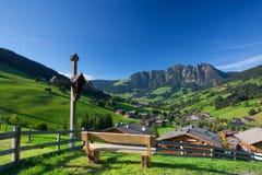 Il villaggio di Inneralpbach in valle di Alpbach, Austria Immagini Stock