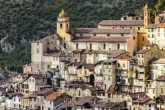 Il villaggio di Saorge, Alpes-Maritimes, Provenza Fotografia Stock