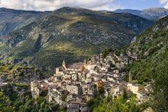 Il villaggio di Saorge, Alpes-Maritimes, Provenza in Francia Fotografie Stock