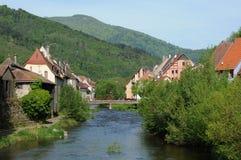 Il villaggio di Thann in Haut-Rhin Fotografia Stock Libera da Diritti