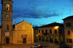Il villaggio medievale di Monte San Martino in Italia centrale immagine stock libera da diritti