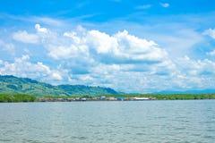 Il villaggio natale su un'isola Fotografie Stock Libere da Diritti