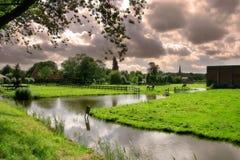 Il villaggio olandese. immagini stock