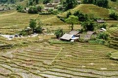 Il villaggio sulla collina Immagini Stock Libere da Diritti
