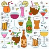 Il vino della birra e le bevande Mixed Doodle gli elementi di disegno Immagine Stock Libera da Diritti